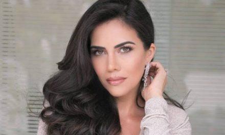 """Daniela Albuquerque usa biquíni dado por Hebe Camargo e impressiona: """"Musa"""""""