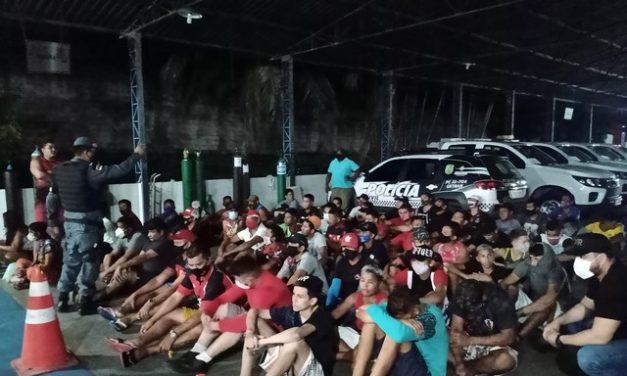 63 pessoas são presas por assistir a jogo de futebol em bares durante toque de recolher em Manaus