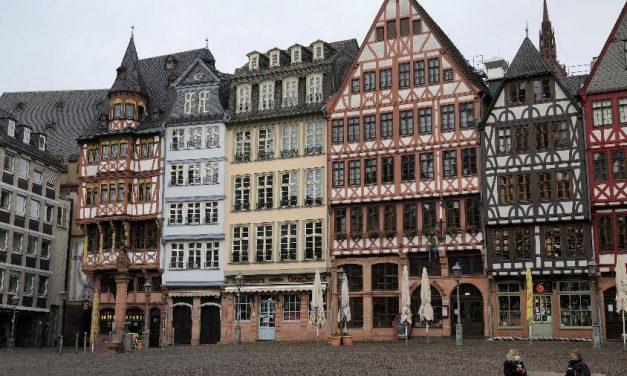 Alemanha: homem é preso após esfaquear pessoas no centro de Frankfurt