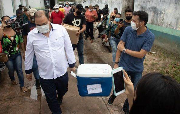 Primeiro lote de vacina chega a Vigia e é destinado aos servidores do hospital municipal