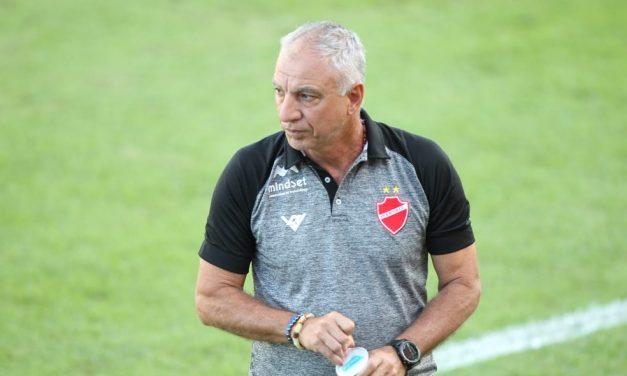 Paysandu sonda técnico Márcio Fernandes, do Vila Nova, e aguarda decisão da Série C