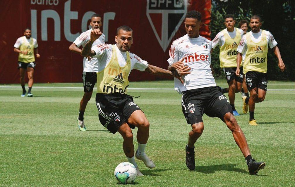 Em crise, São Paulo mantém menor distância de líder na reta final do Brasileiro desde 2009