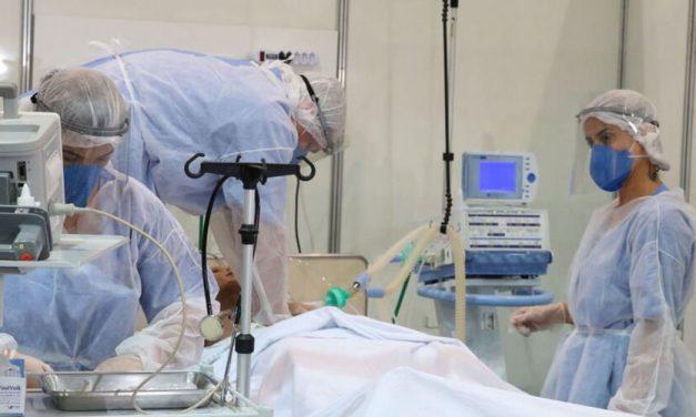 País tem maior média de novas mortes por Covid-19 em 6 meses
