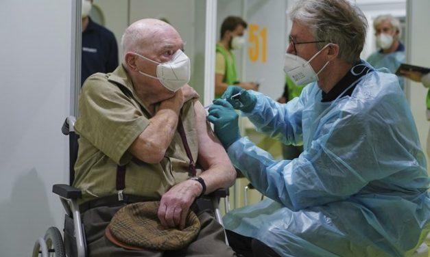 Preocupada com variantes da Covid, OMS pede vacinação mais rápida na Europa