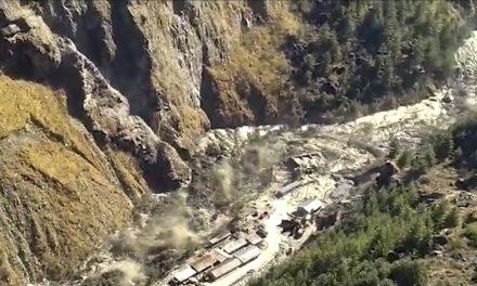 Inundações deixam mortos na Índia após barragem ser atingida por parte de geleira que rompeu no Himalaia