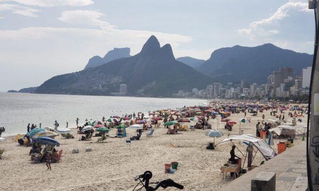 Setor de turismo despenca 36,7% em 2020, diz IBGE