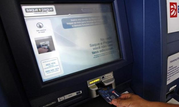 Bancos não terão expediente durante feriado de carnaval; confira