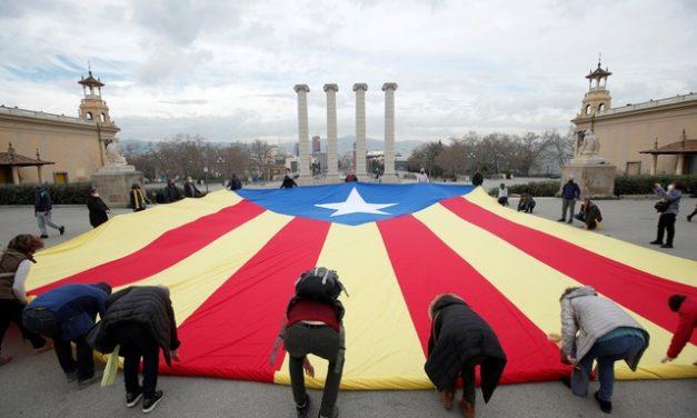 Catalunha realiza eleições regionais marcadas pela pandemia
