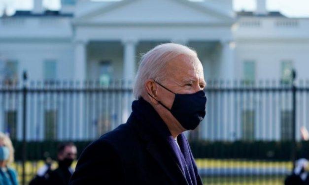 Biden começa a desmantelar polêmico programa migratório de Trump