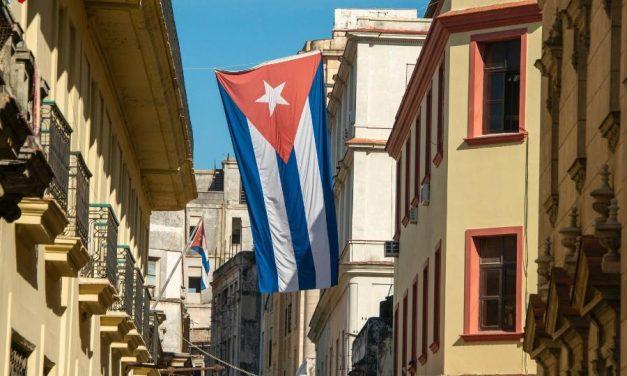Quarentena turística em Cuba, com serviço de quarto e varanda
