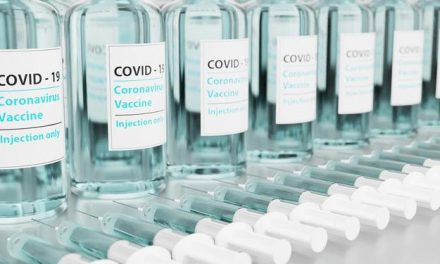 China prende falsificadores de vacina da covid