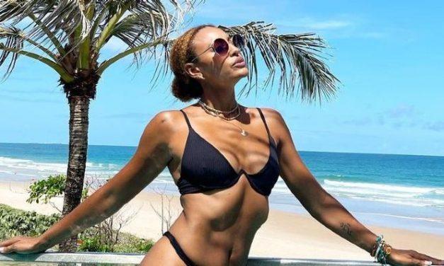 """Sheron Menezzes posta foto belíssima e web dispara: """"Olhei e achei que era a Beyoncé"""""""