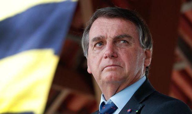 Bolsonaro não gosta de comentário e põe a Polícia Federal em cima de seguidor