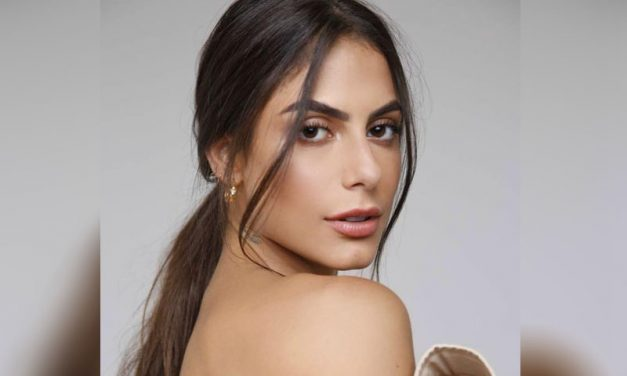 De biquíni, Mari Gonzalez posa com amigos e encanta web