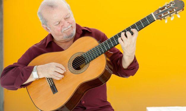 Violonista Sebastião Tapajós recebe convidados em live neste domingo