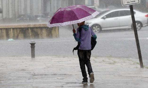 Chuva deve durar o dia inteiro em Belém; previsão é de muita água até o começo de março