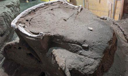 Pesquisadores descobrem carruagem que pode ter sido da Roma Antiga em Pompeia