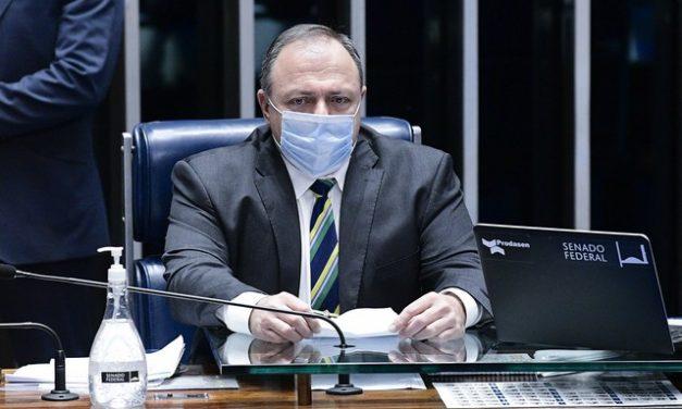 Colapso em Manaus: governo muda data e diz que empresa notificou problema de oxigênio em 17 de janeiro