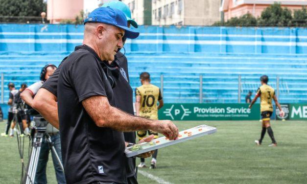 """Schulle destaca superação em estreia, valoriza os garotos e projeta crescimento: """"É tempo"""""""