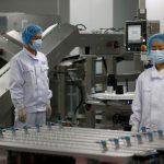 China quer vacinar 40% da população até meados de julho, diz conselheiro