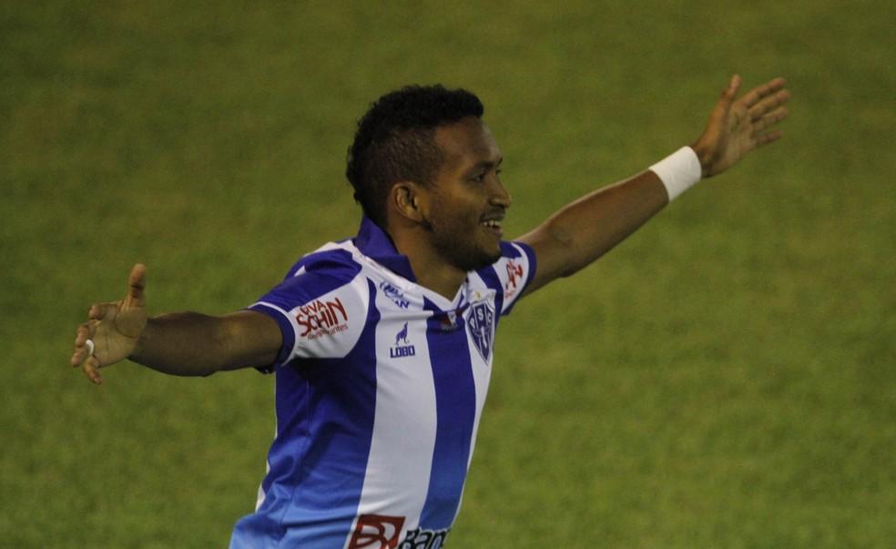 Jhonnatan rescinde com o Náutico e assina em definitivo com o Paysandu