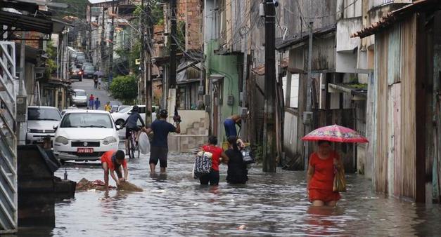 Quase todo o Pará volta ao alerta laranja de chuvas acumuladas