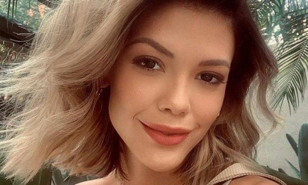 """Vitória Strada arranca elogios de fãs ao surgir deslumbrante nas redes: """"Diva linda"""""""