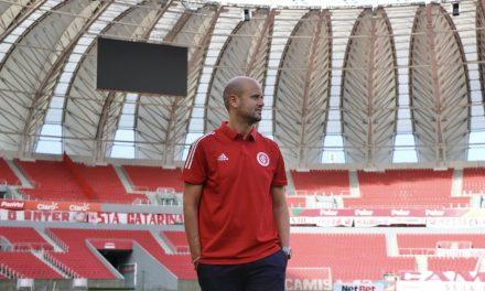 Jogo de posição, futebol ofensivo e base: Ramírez inicia projeto com promessa de ruptura no Inter