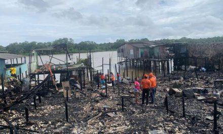 'Quando abri a porta só vi as labaredas'; moradores relatam perdas durante incêndio em Icoaraci