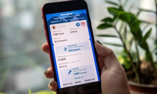China lança passaporte de saúde para viagens internacionais
