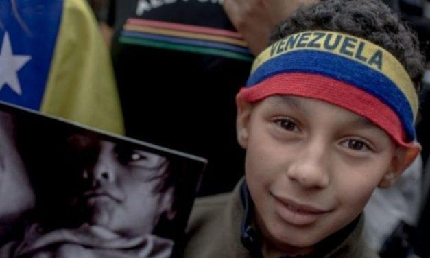 Governo Biden dá guinada e oferece proteção a venezuelanos que fugiram para EUA