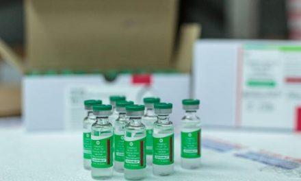 Dinamarca suspende vacina de Oxford após problemas de coagulação em pacientes