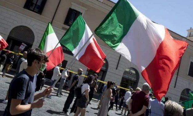 Mais de 70% da população da Itália enfrenta novo lockdown