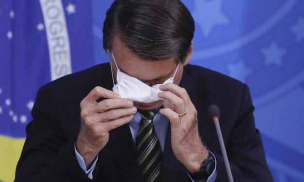 Bolsonaro minimiza recorde de óbitos: 'Em todo local está morrendo gente'
