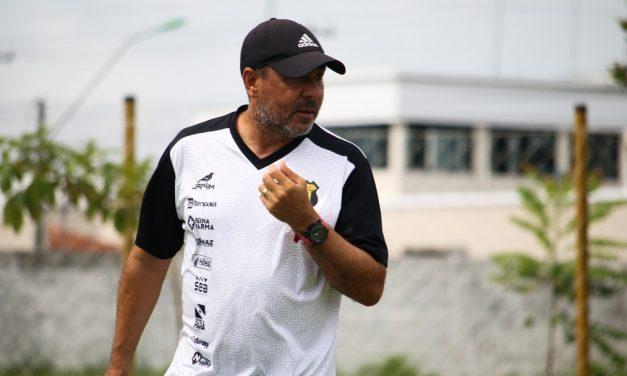 Caiu! Após derrota pela Copa do Brasil, técnico Artur Oliveira é demitido do Castanhal