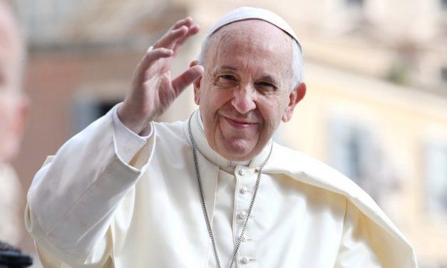 Papa condena máfia por explorar pandemia e lucrar com corrupção