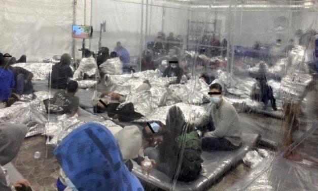 Crianças presas: veja as primeiras fotos de centros de detenção de menores imigrantes no governo Biden