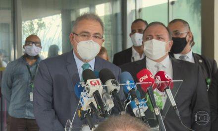 Bolsonaro dá posse a Marcelo Queiroga como ministro da Saúde