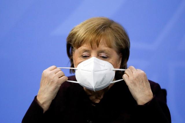 Angela Merkel desiste de confinamento mais rígido na Alemanha