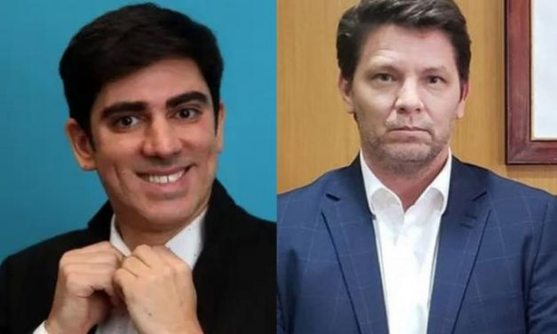 Marcelo Adnet entra na justiça contra Mario Frias após ataques