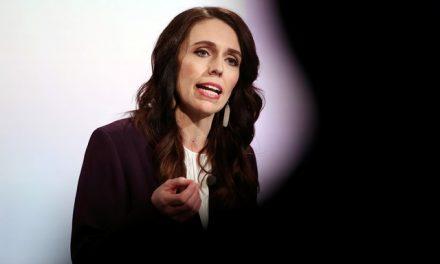 Nova Zelândia aprova lei que garante licença a mulheres que tiverem aborto natural