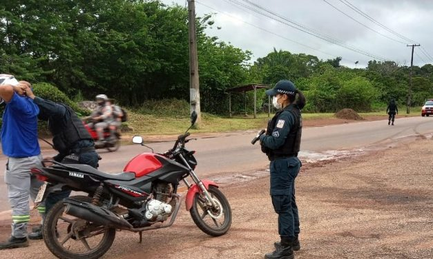 Em Barcarena, 14º BPM realiza operação barreira contra a Covid-19
