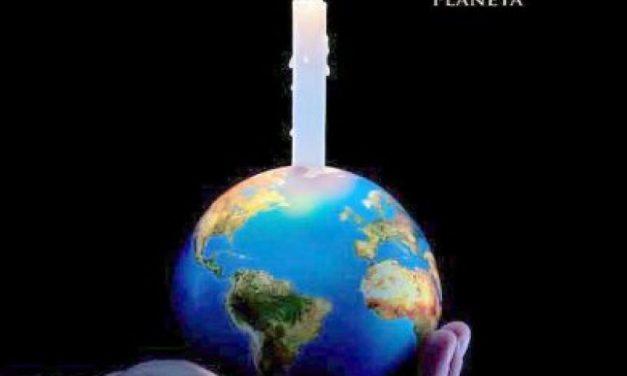Monumentos pelo mundo ficam às escuras para a Hora do Planeta; veja fotos