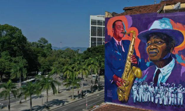 Gigantes negros da cultura ganham homenagem à altura nos muros do Rio de Janeiro