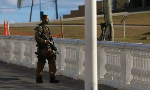 Com morte de PM, bolsonaristas incitam motim e atacam lockdown, diz Freixo