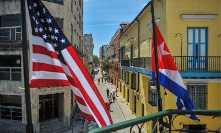 Balseiros cubanos voltam à cena no Estreito da Flórida