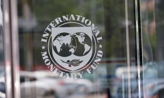 FMI melhora projeções para a economia global, mas condiciona otimismo ao ritmo de vacinação