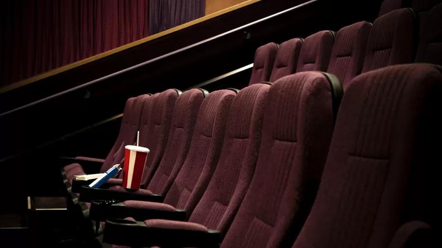 Empresa admite culpa após cliente morrer esmagado em poltrona no cinema