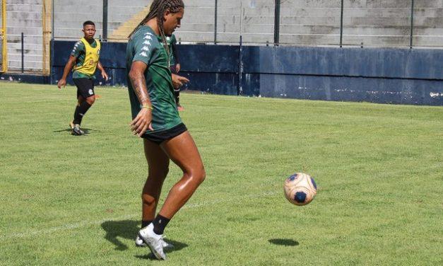"""Gedoz revela proximidade com Tocantins e Dioguinho e diz que """"cobra muito"""" dupla do Remo"""