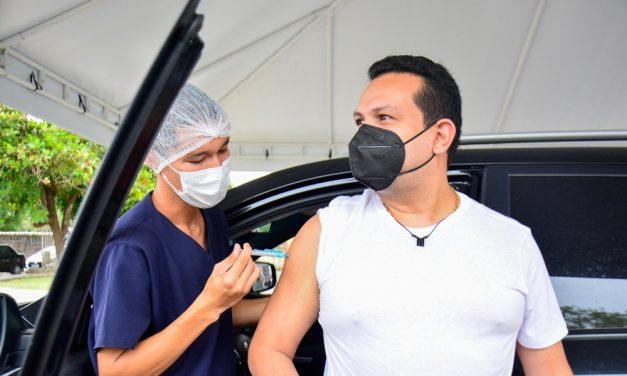 Manaus começa vacinação contra Covid de pessoas de 18 a 29 anos com doenças preexistentes